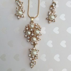 Jewelry - New Pearl and CZ Gold Necklace Set